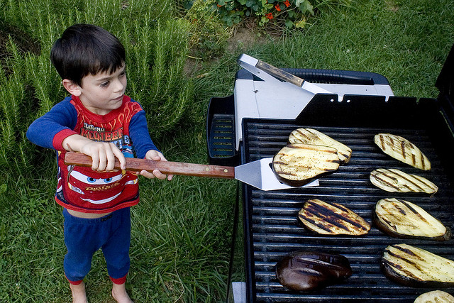 11 Proven Ways To Get Kids To Eat More Vegetables